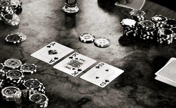 Le poker des années 90 semblait il moins abordable ?