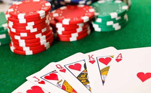 Veste violette, un trophée qui s'arrache au poker MASTERS